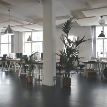 Keeping Your Office Clean with the Help of a Professional Cleaning Service
