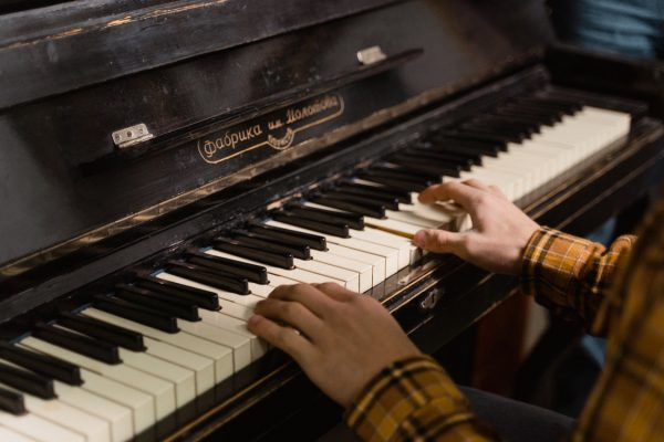 Top Reasons You Should Choose to Hire Professional Piano Movers – An Overview